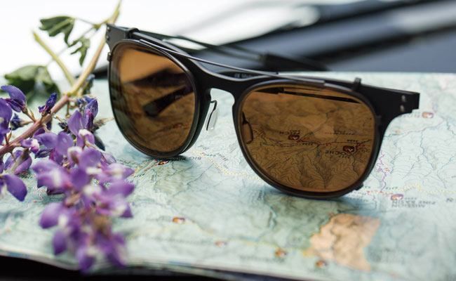 How to Choose Safe Sunglasses for Driving