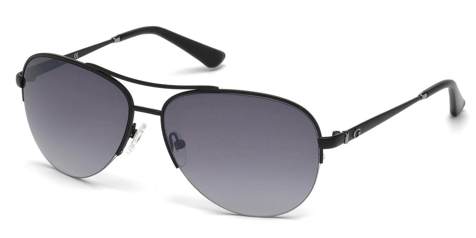 02C GU7468 Sunglasses, Guess