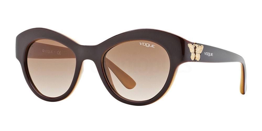 218413 VO2872S , Vogue