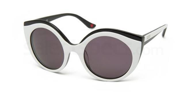 02 MO761S Sunglasses, Moschino