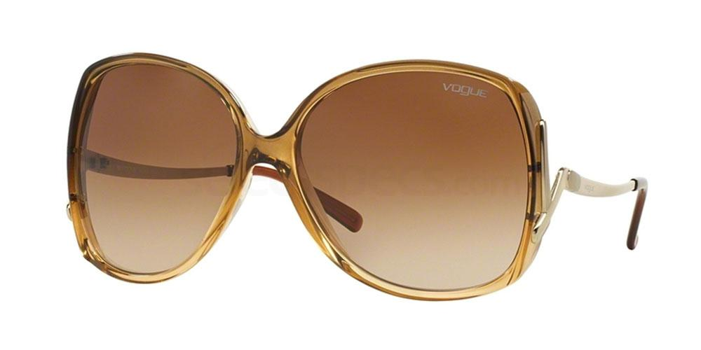 167813 VO2638S Sunglasses, Vogue