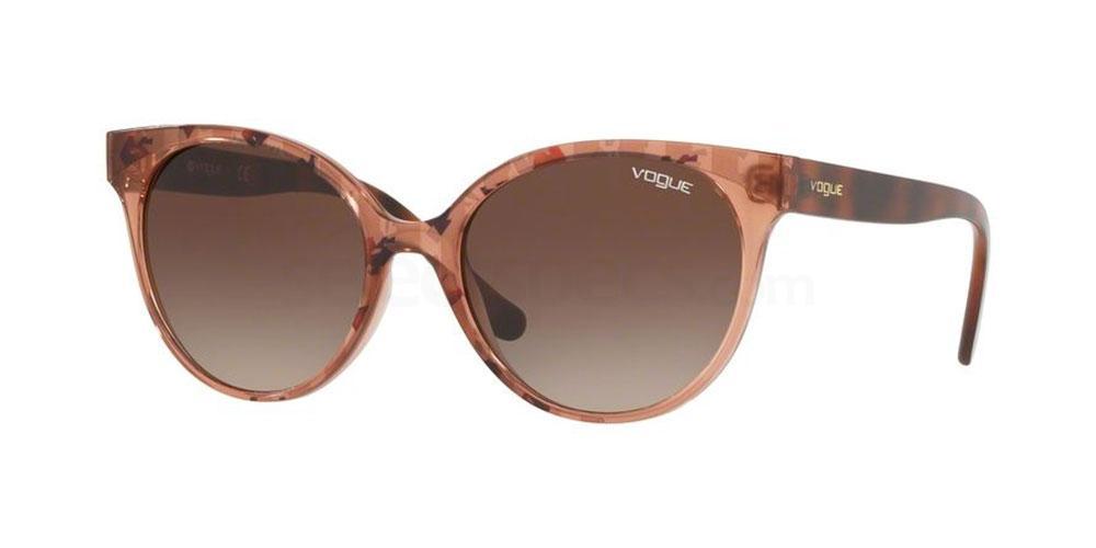 272813 VO5246S Sunglasses, Vogue