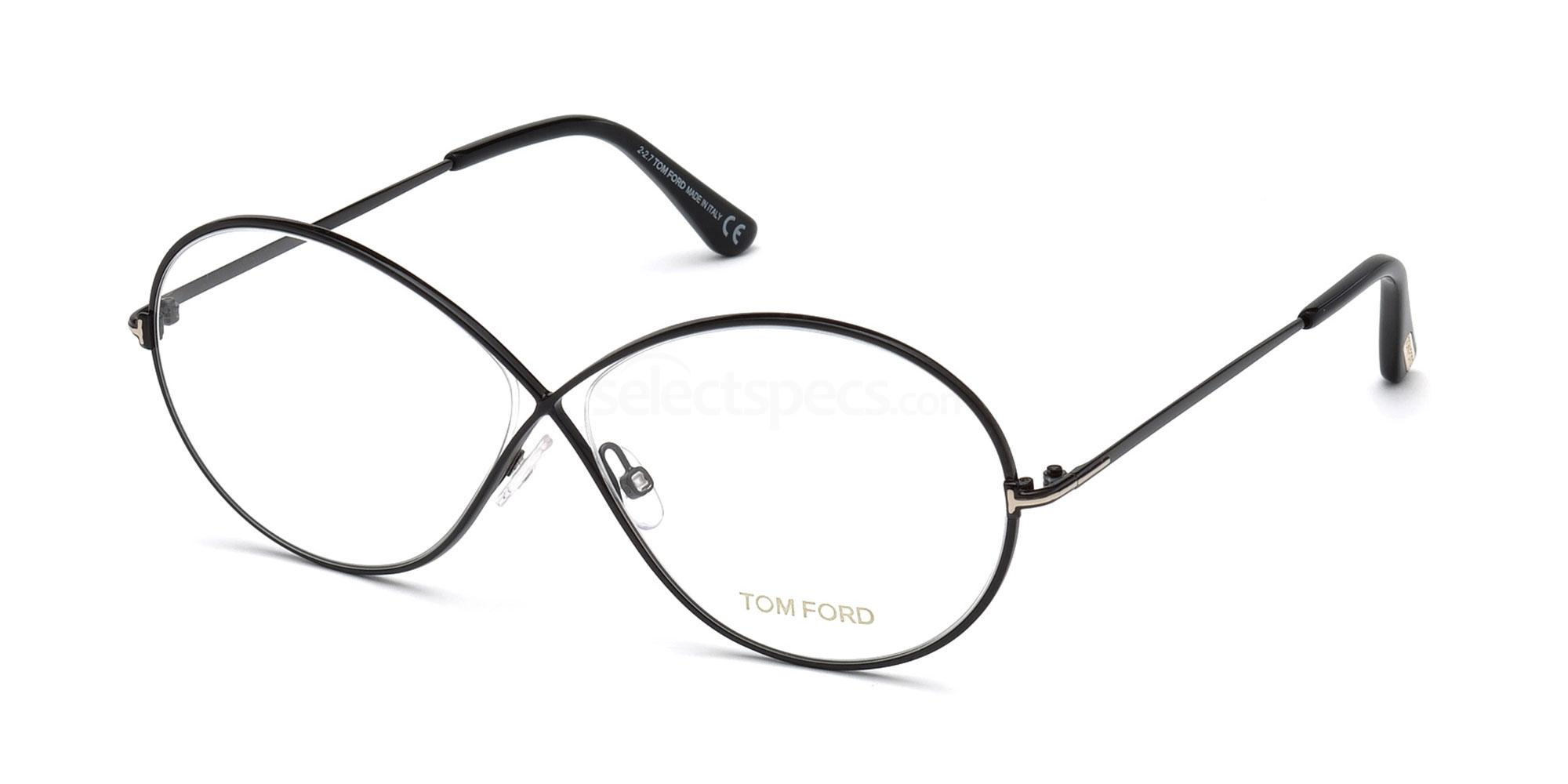 19c2fc1b8c Glasses Trends  What s Hot This Year for Prescription Spectacles ...