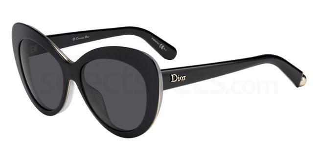 emilia clarke sunglasses dior