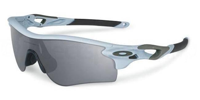 Nicki Minaj oakley sunglasses
