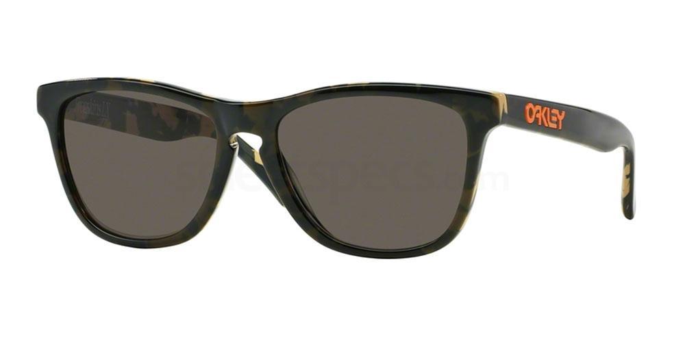 204313 OO2043 ERIC KOSTON SIGNATURE SERIES FROGSKINS LX Sunglasses, Oakley