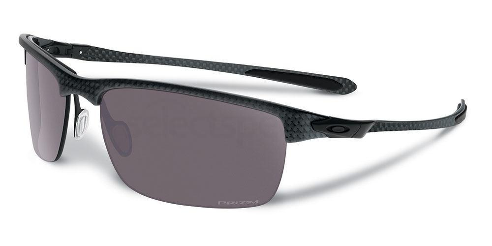 917407 OO9174 CARBON BLADE (Polarized) Sunglasses, Oakley