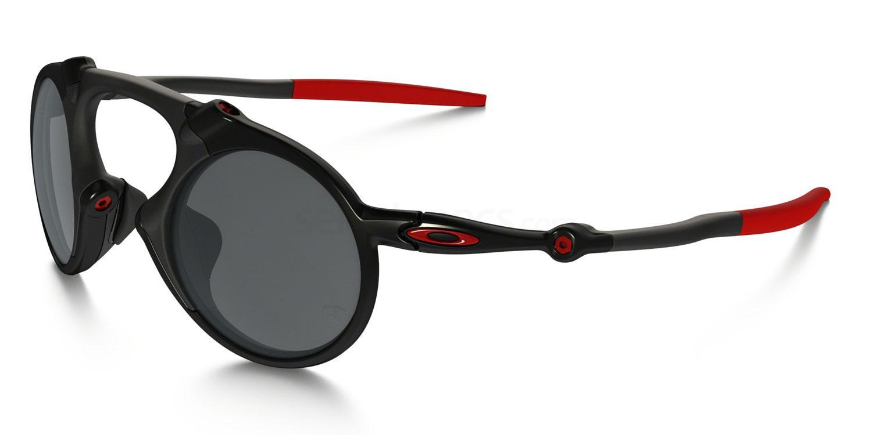 601906 OO6019 SCUDERIA FERRARI COLLECTION POLARIZED MADMAN Sunglasses, Oakley