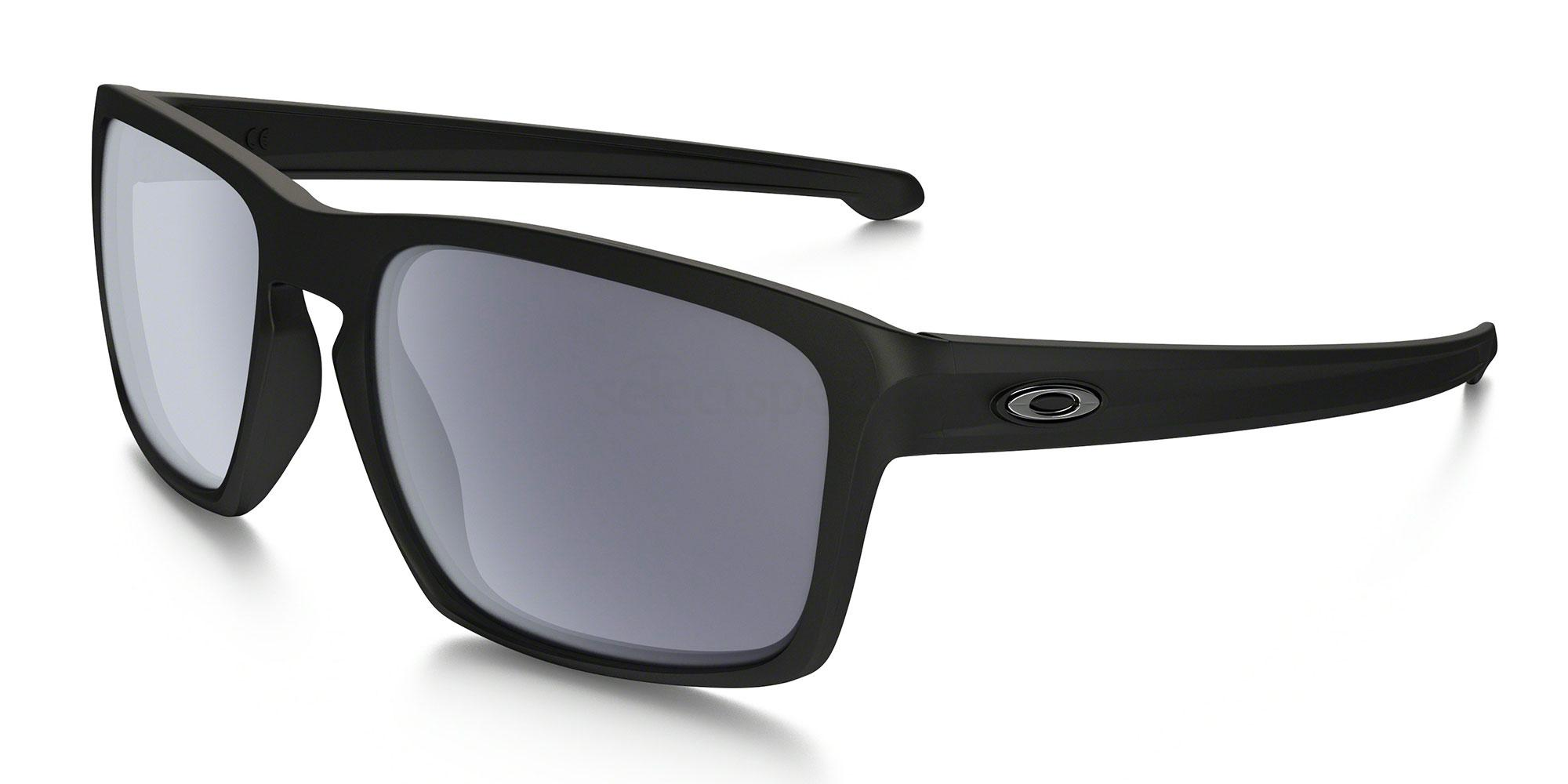 926201 OO9262 SLIVER (Standard) Sunglasses, Oakley