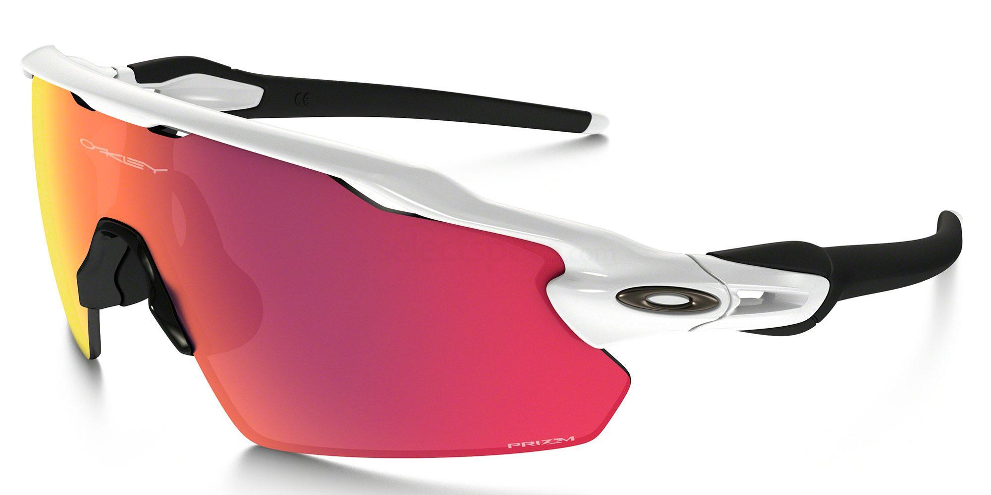 921104 OO9211 RADAR EV PITCH Sunglasses, Oakley