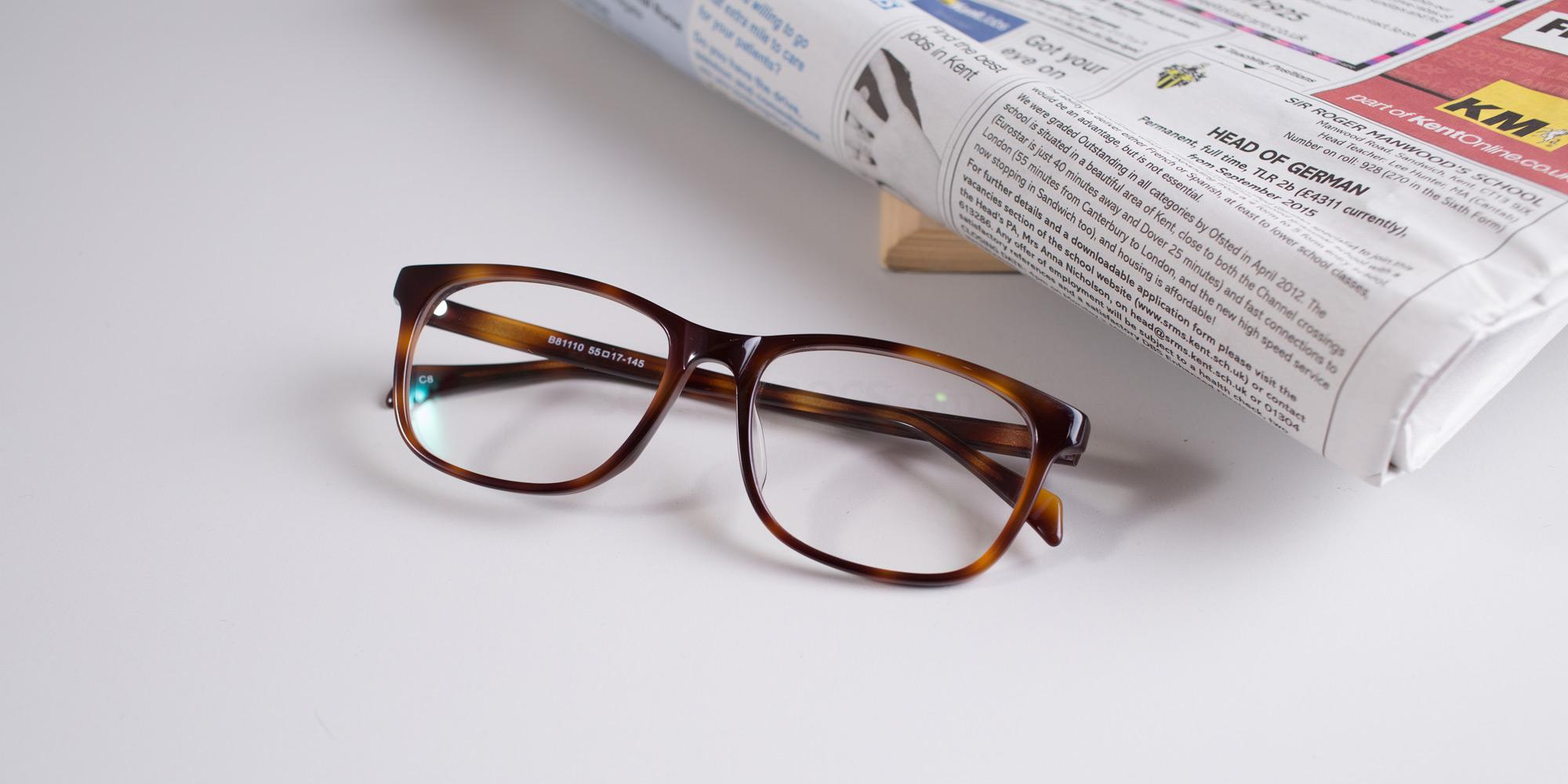 179b7c87cc0 Any type of optical goods which have been purchased online allows you to  send them back hassle free. If the glasses aren t quite what you are  expected or ...