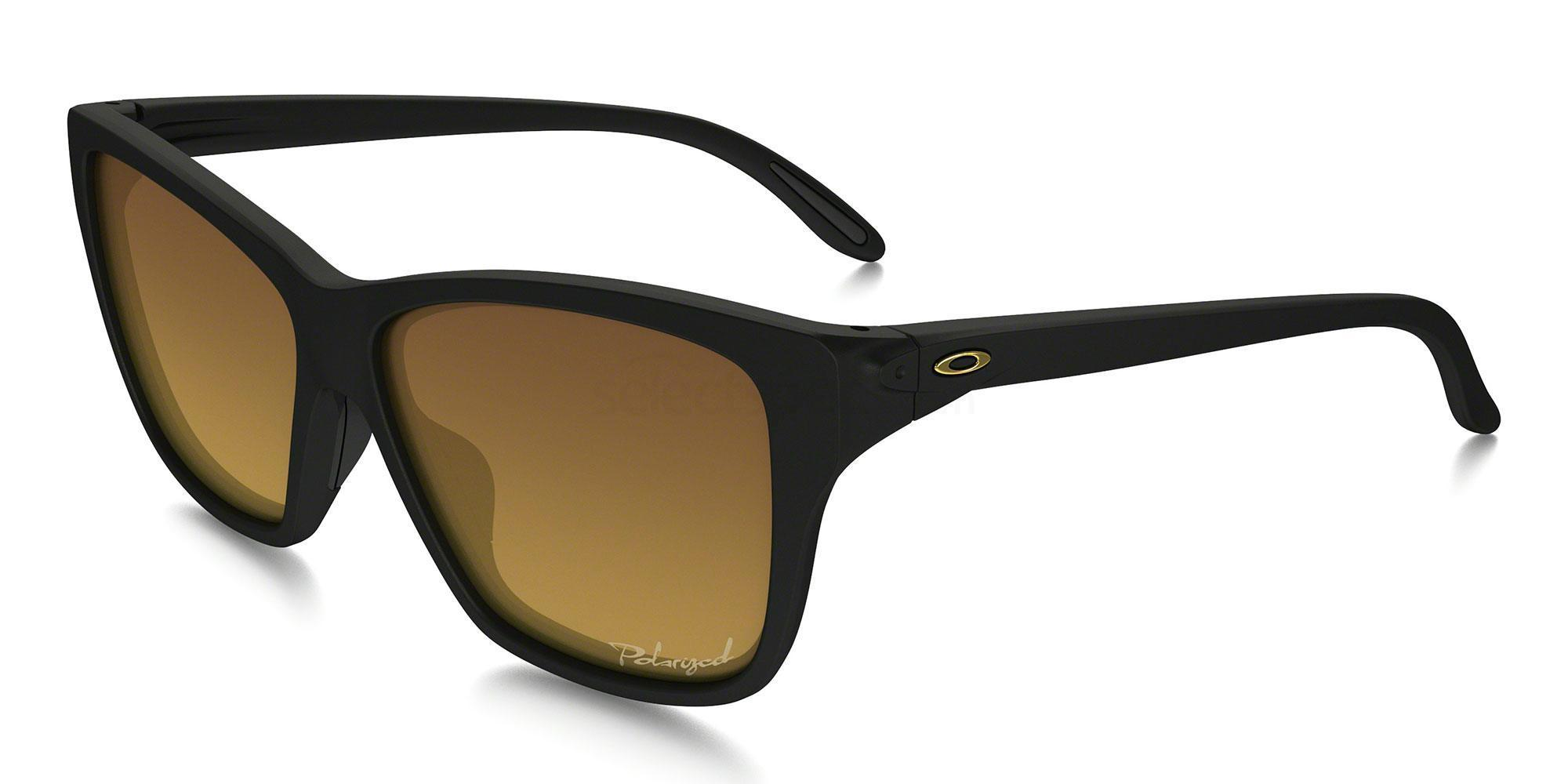 929801 OO9298 HOLD ON (Polarized) Sunglasses, Oakley Ladies