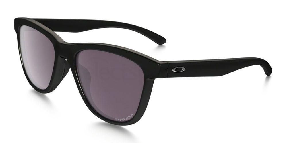932008 OO9320 MOONLIGHTER PRIZM DAILY POLARIZED Sunglasses, Oakley Ladies