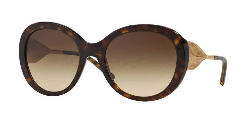 naomi campbell burberry sunglasses