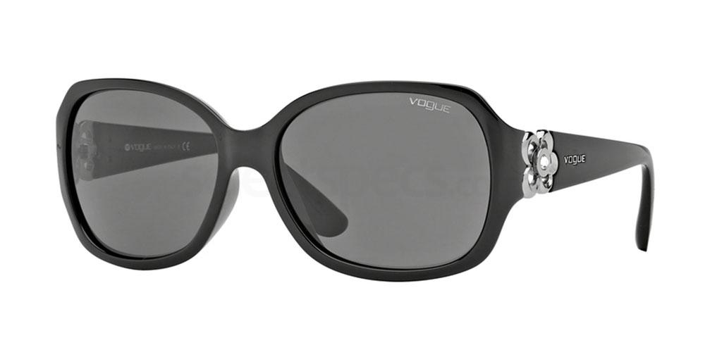 W44/87 VO2778SB Sunglasses, Vogue