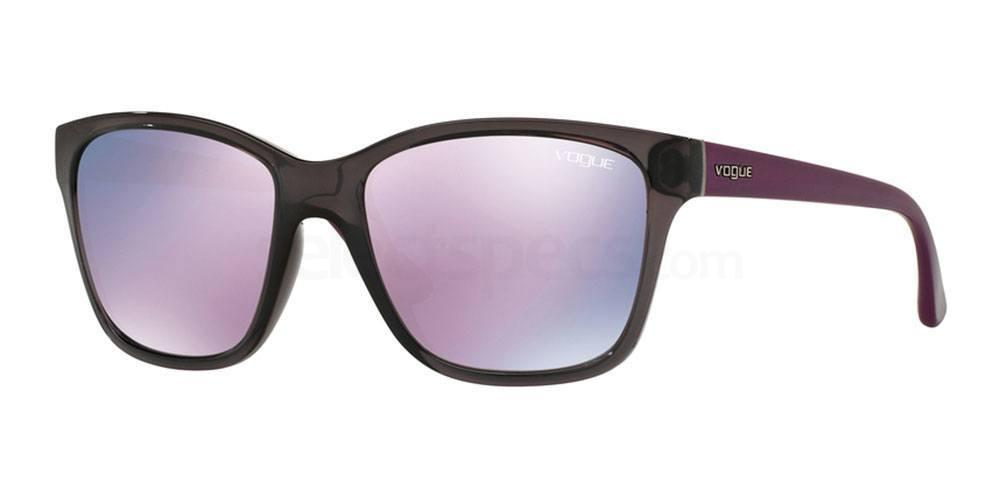 19055R VO2896S Sunglasses, Vogue
