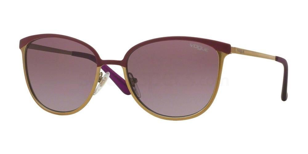 994S8H VO4002S Sunglasses, Vogue