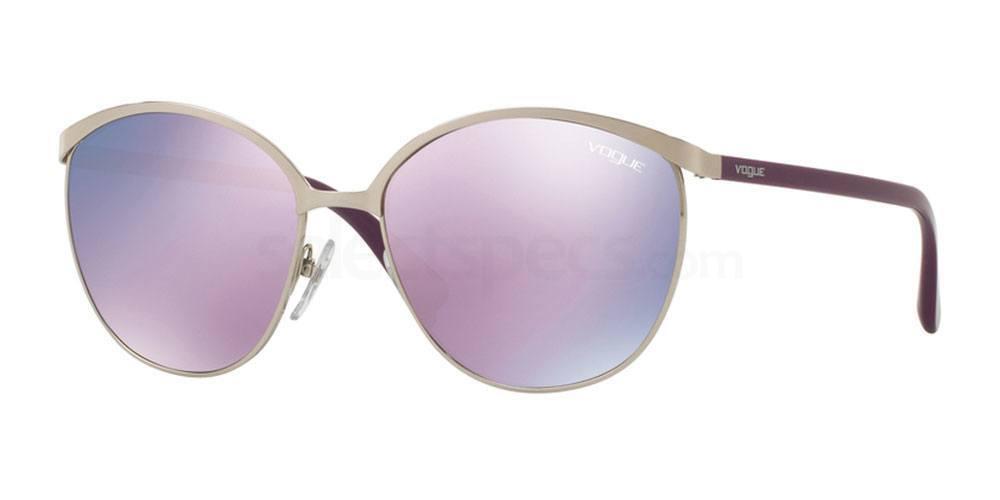323/5R VO4010S Sunglasses, Vogue