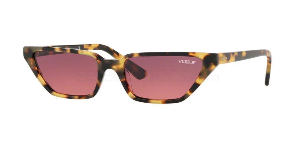 260520 VO5235S Sunglasses, Vogue