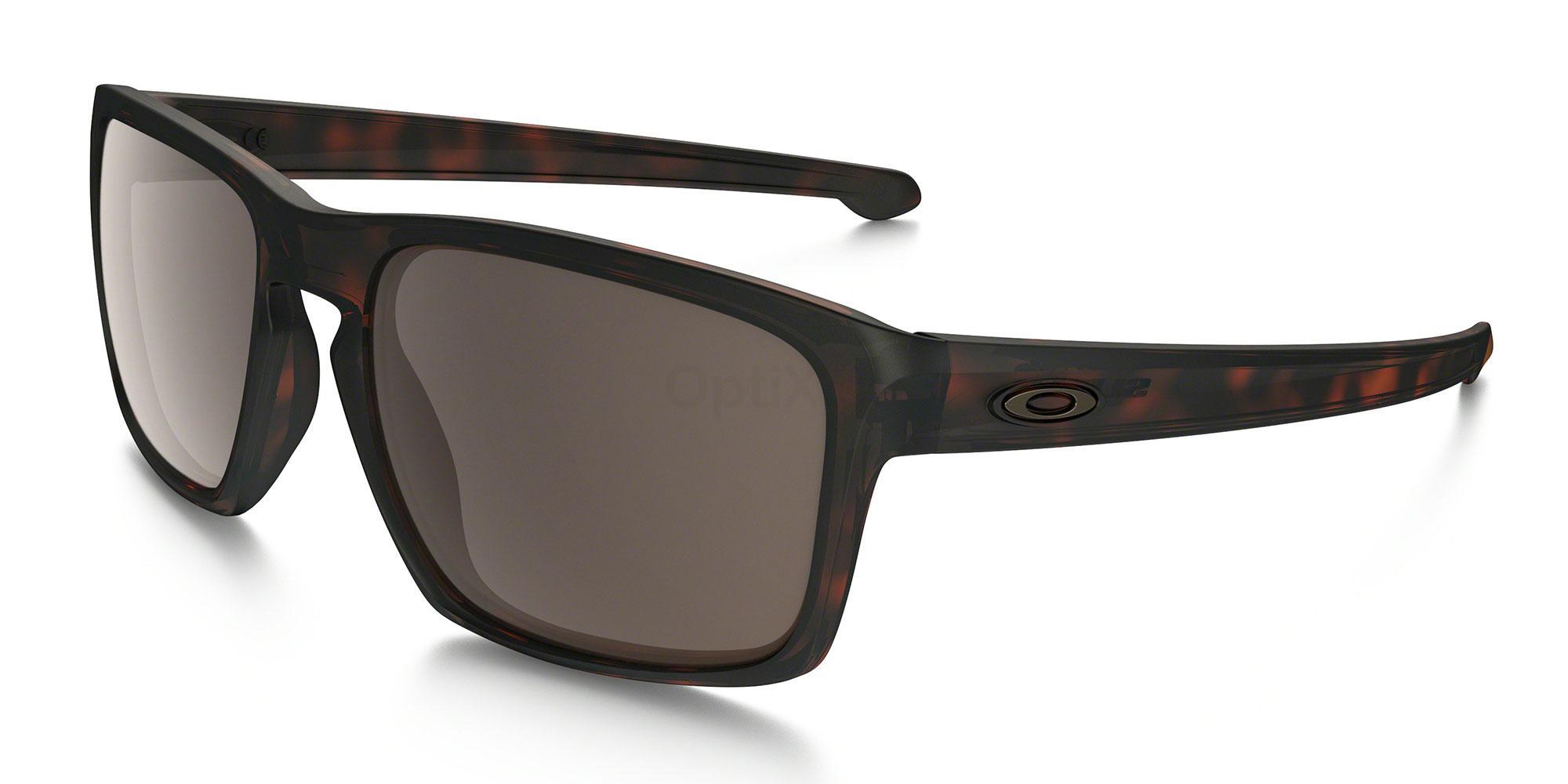 926203 OO9262 SLIVER (Standard) Sunglasses, Oakley
