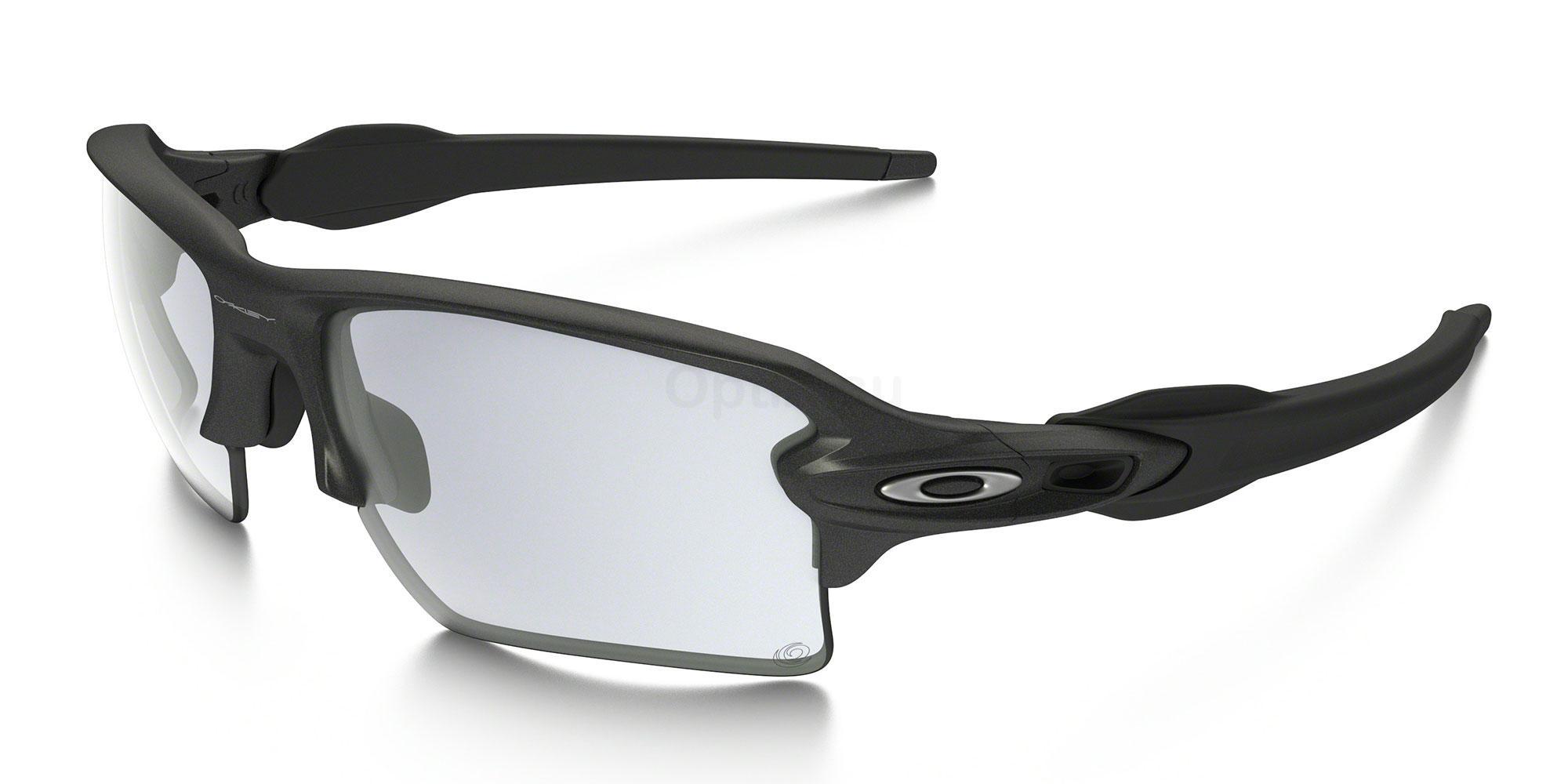 918816 OO9188 FLAK 2.0 XL (Photochromic) Sunglasses, Oakley