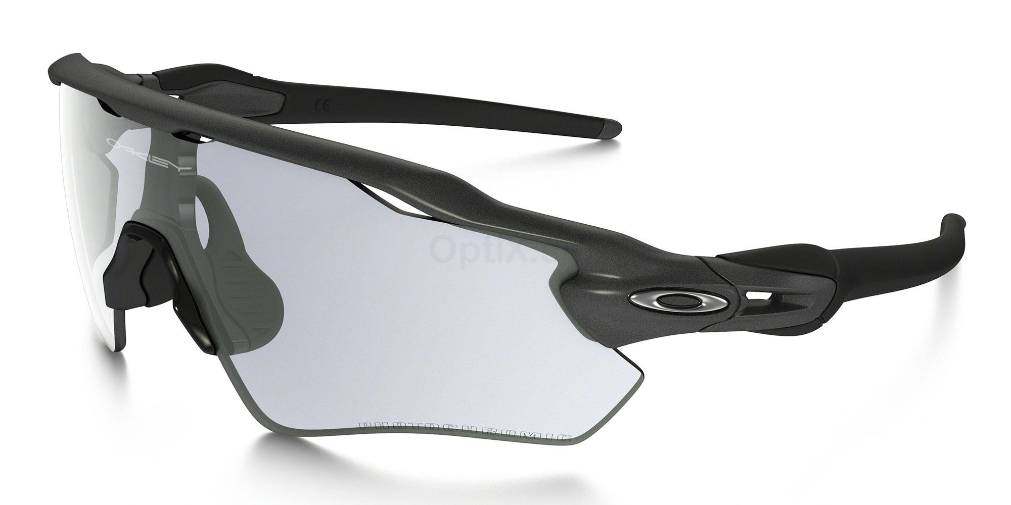 920813 OO9208 RADAR EV PATH (Photochromic) Sunglasses, Oakley
