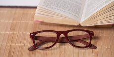 SelectSpecs - P2429 - Red (with wood effect)